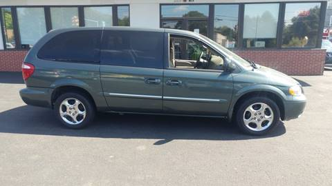 2002 Dodge Grand Caravan for sale at 125 Auto Finance in Haverhill MA