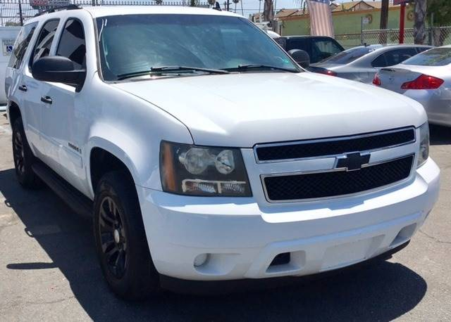 2008 Chevrolet Tahoe for sale at BaySide Auto in Wilmington CA