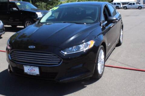 2016 Ford Fusion Hybrid for sale at S&S Best Auto Sales LLC in Auburn WA