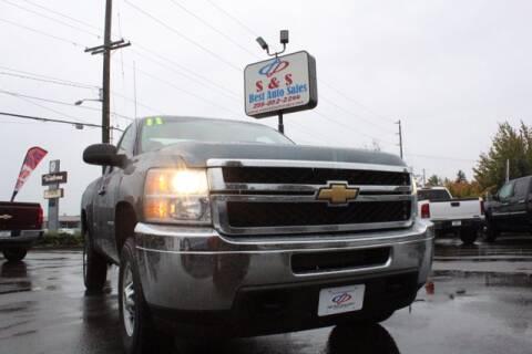 2011 Chevrolet Silverado 2500HD for sale at S&S Best Auto Sales LLC in Auburn WA