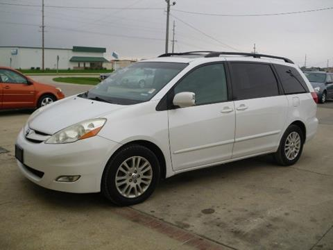 2008 Toyota Sienna for sale in Marion, IA
