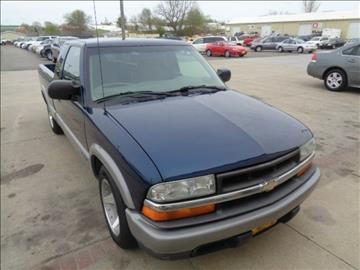 2001 Chevrolet S-10 for sale in Marion, IA