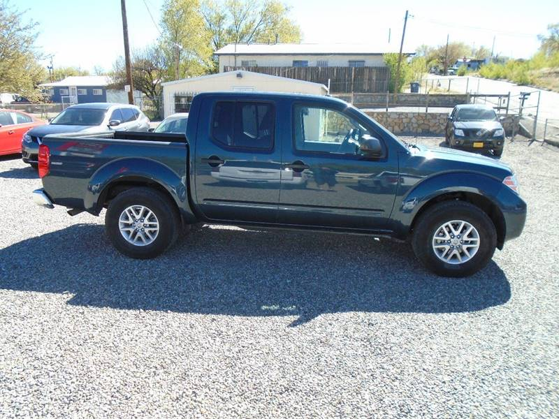 2017 Nissan Frontier 4x4 SV 4dr Crew Cab 5 ft. SB 5A - Silver City NM