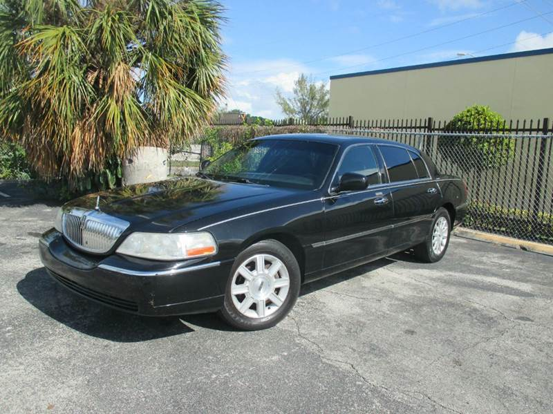 2007 Lincoln Town Car Executive L 4dr Sedan In Miami Fl American