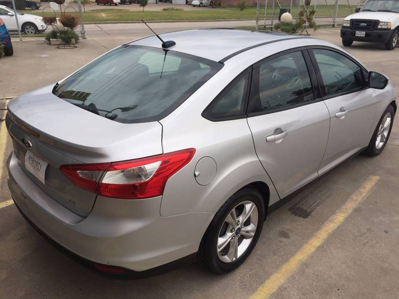 2014 Ford Focus SE 4dr Sedan - Houston TX