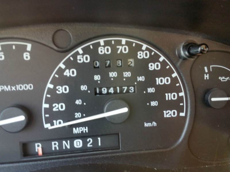 1999 Ford Explorer AWD XLT 4dr SUV - Villa Park IL
