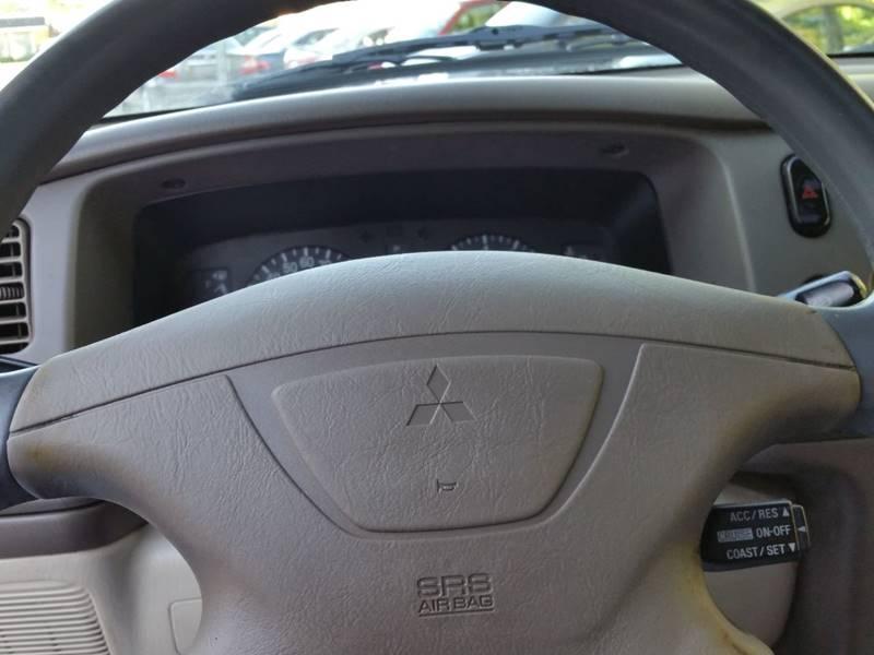 2001 Mitsubishi Montero Sport XLS 4WD 4dr SUV - Villa Park IL