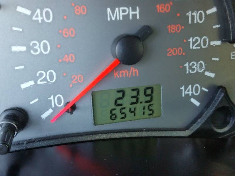 2003 Ford Focus ZX5 4dr Hatchback - Villa Park IL