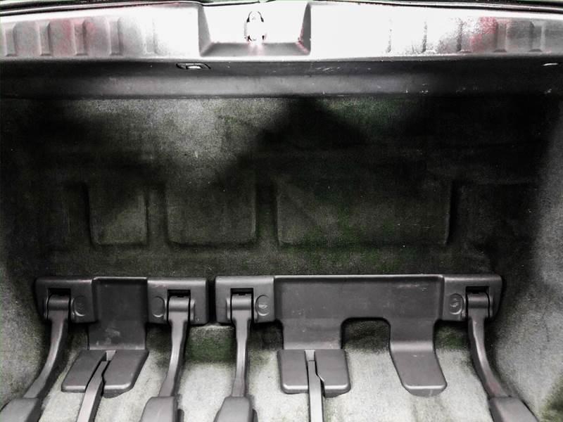 2018 Toyota Sienna LE 7-Passenger (image 23)