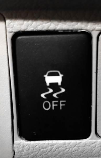 2018 Toyota Sienna LE 7-Passenger (image 35)