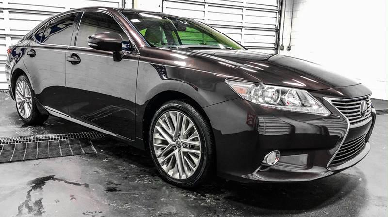 2013 Lexus ES 350 (image 8)