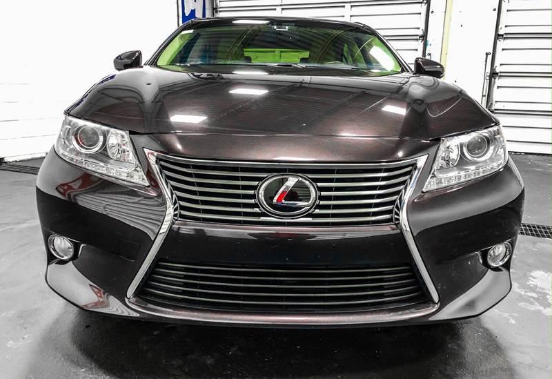 2013 Lexus ES 350 (image 9)