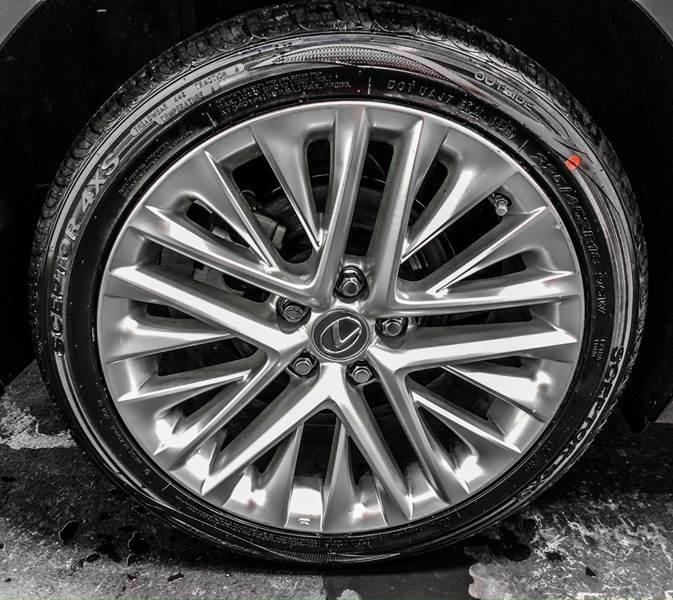 2013 Lexus ES 350 (image 15)
