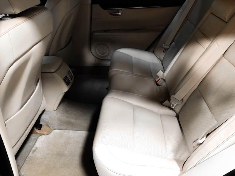 2013 Lexus ES 350 (image 19)