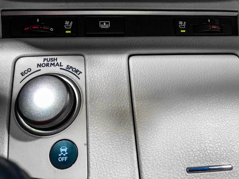 2013 Lexus ES 350 (image 29)
