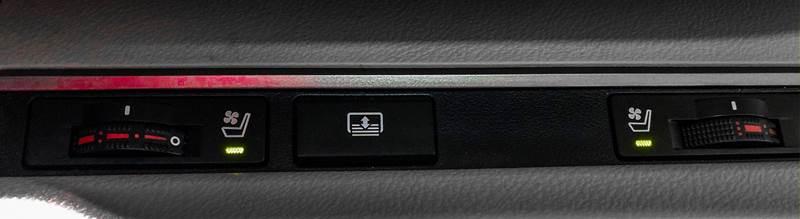 2013 Lexus ES 350 (image 30)
