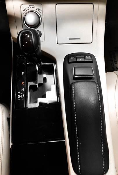 2013 Lexus ES 350 (image 33)