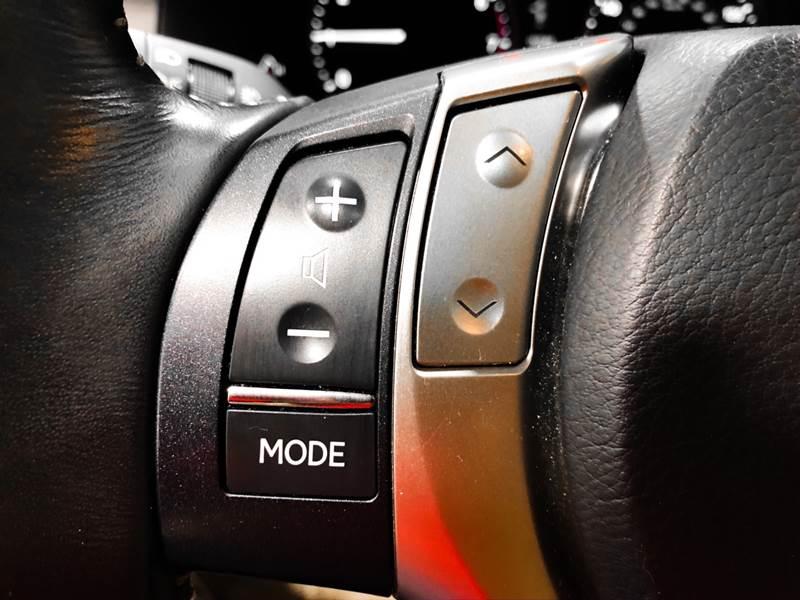 2013 Lexus ES 350 (image 39)