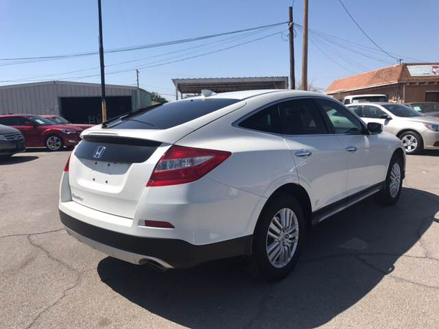 2015 Honda Crosstour for sale at Rainbow Motors in El Paso TX