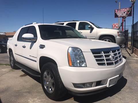 2008 Cadillac Escalade EXT for sale at Rainbow Motors in El Paso TX