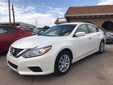 2016 Nissan Altima for sale at Rainbow Motors in El Paso TX