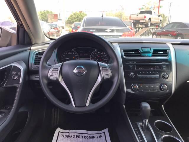 2013 Nissan Altima for sale at Rainbow Motors in El Paso TX
