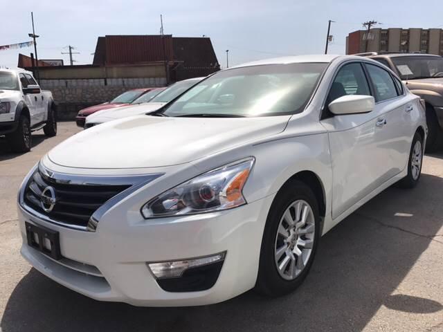 2015 Nissan Altima for sale at Rainbow Motors in El Paso TX