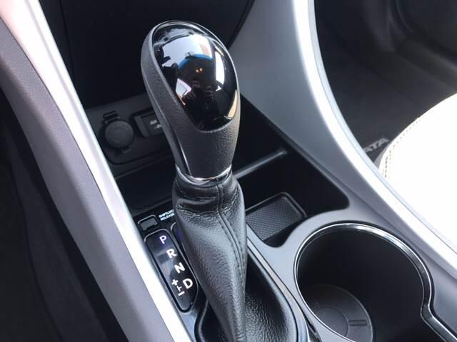 2013 Hyundai Sonata for sale at Rainbow Motors in El Paso TX