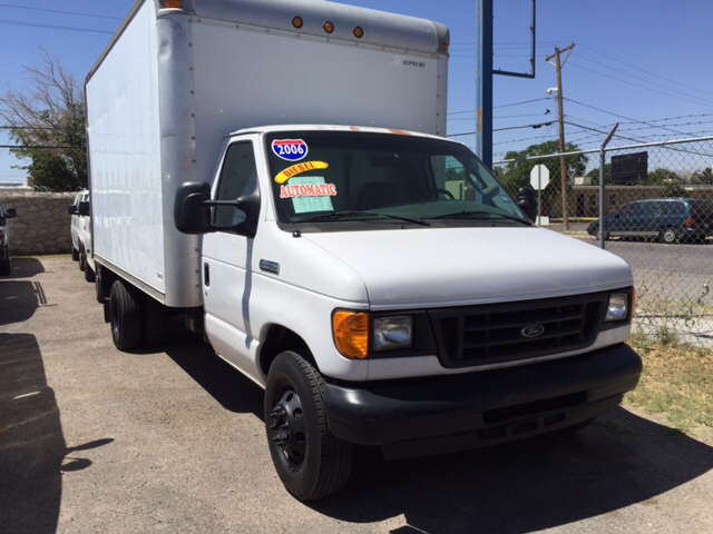 2006 Ford E-450 for sale at Rainbow Motors in El Paso TX