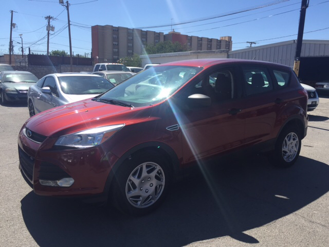 2015 Ford Escape for sale at Rainbow Motors in El Paso TX