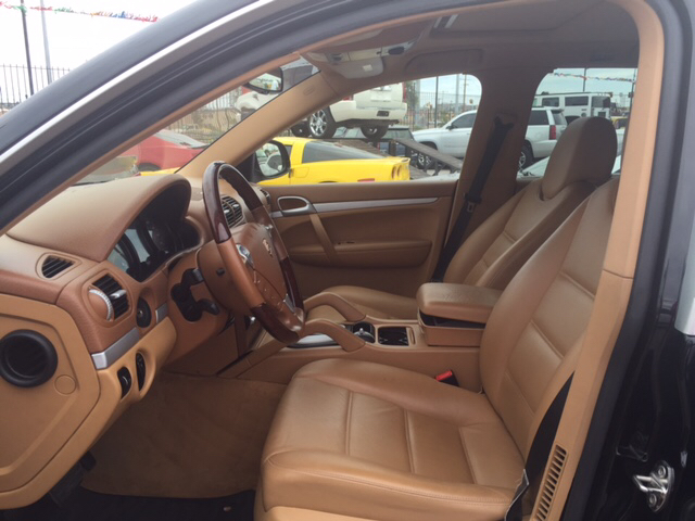 2006 Porsche Cayenne for sale at Rainbow Motors in El Paso TX