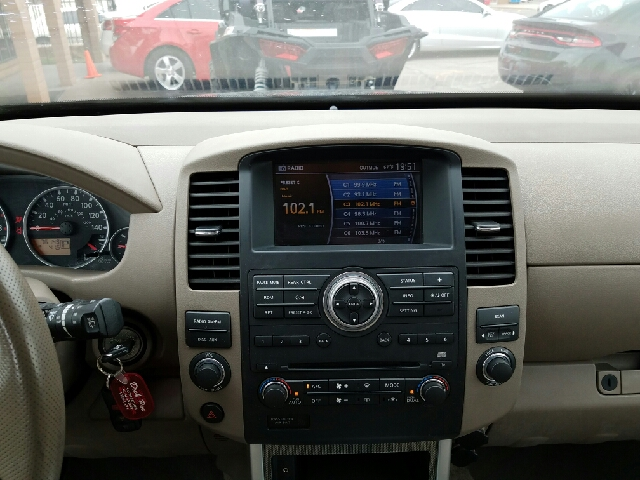 2009 Nissan Pathfinder for sale at Rainbow Motors in El Paso TX