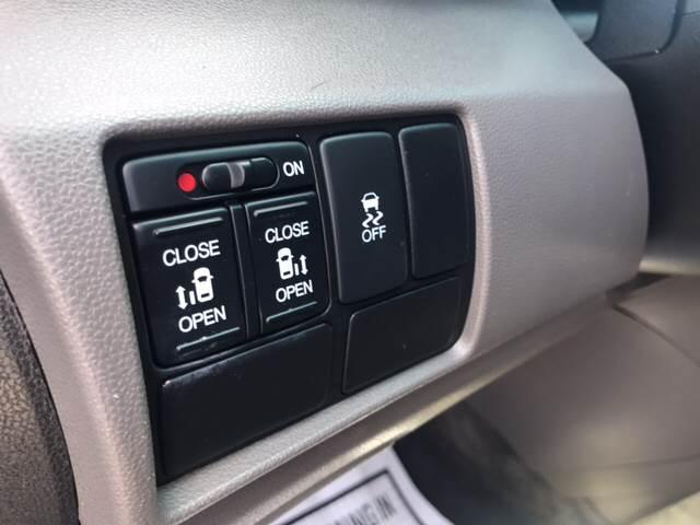 2012 Honda Odyssey for sale at Rainbow Motors in El Paso TX