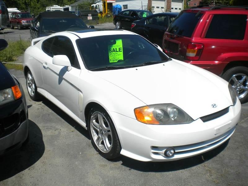 2004 Hyundai Tiburon for sale at Premier Auto Sales Inc in New Windsor NY