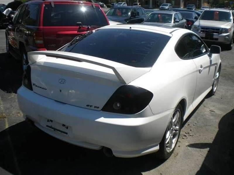 2004 Hyundai Tiburon for sale at Premier Auto Sales Inc in New Windsor NY