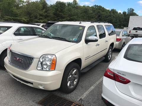 2010 GMC Yukon XL for sale at Premier Auto Sales Inc in New Windsor NY