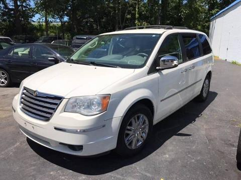 2008 Chrysler Town and Country for sale at Premier Auto Sales Inc in New Windsor NY