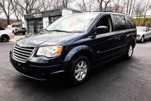 2008 Chrysler Town and Country for sale in New Windsor, NY