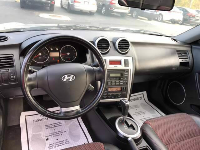 2006 Hyundai Tiburon for sale at Premier Auto Sales Inc in New Windsor NY
