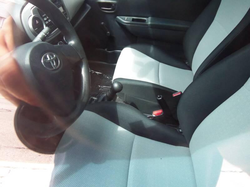2013 Toyota Yaris L 2dr Hatchback 5M - Easton PA