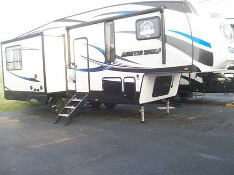 2018 ARTIIC WOLF 285  DLR4 for sale in Monticello, KY