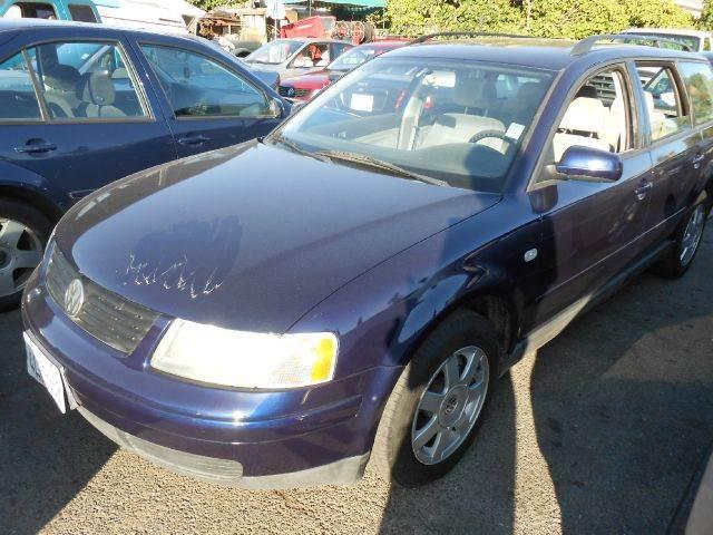 2000 VOLKSWAGEN PASSAT GLS V6 dark blue 4wdawdabs brakesair conditioningamfm radioanti-brak