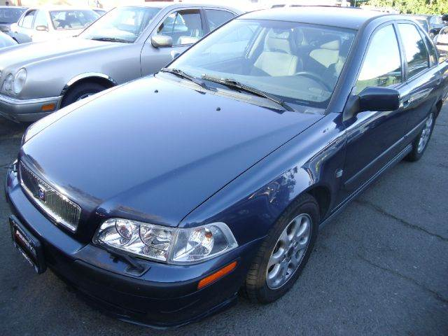 2001 VOLVO S40 SEDAN blue abs brakesair conditioningalloy wheelsamfm radioanti-brake system