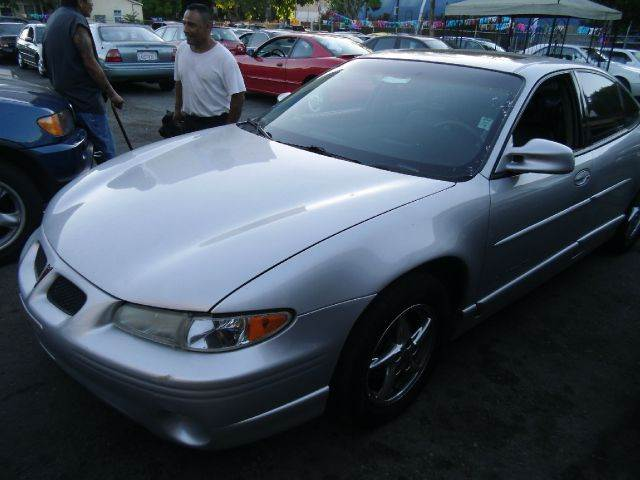 2002 PONTIAC GRAND PRIX GT silver abs brakesair conditioningalloy wheelsamfm radioanti-brake