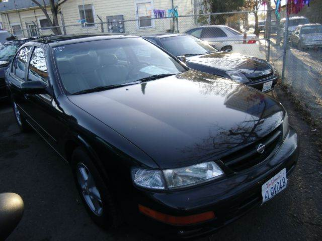 1997 NISSAN MAXIMA green air conditioninganti-brake system non-abs  4-wheel absbody style se