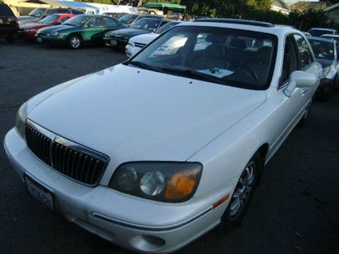 2002 Hyundai XG350 for sale at Crow`s Auto Sales in San Jose CA