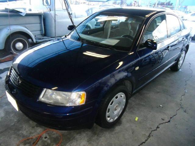 2000 VOLKSWAGEN PASSAT GLS V6 blue 4wdawdabs brakesair conditioningamfm radioanti-brake sys