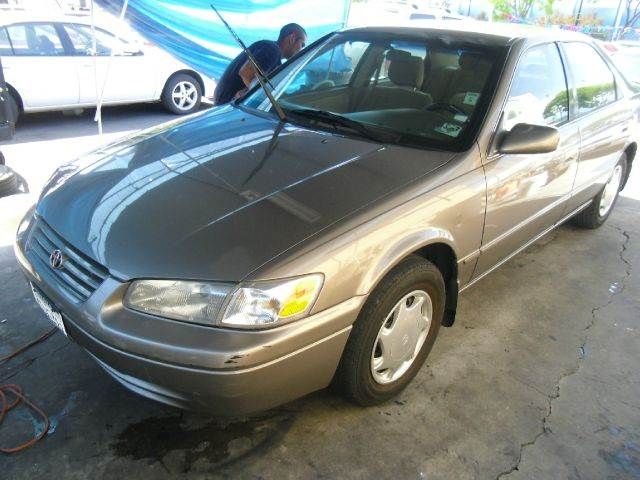 1999 TOYOTA CAMRY CE gold 14 inch wheels 4-speed automatic transmission 4-wheel abs alloy whee