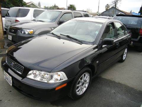 2004 Volvo S40 for sale at Crow`s Auto Sales in San Jose CA