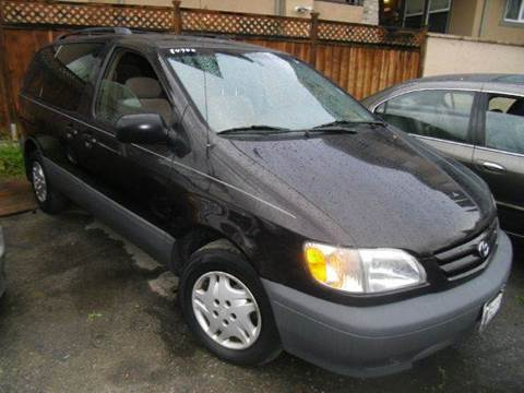 2001 Toyota Sienna for sale at Crow`s Auto Sales in San Jose CA